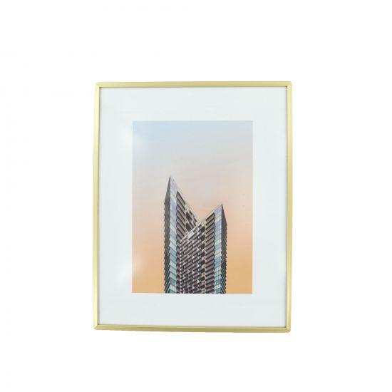 IMAGE ENCADRÉE BUILDING POINTU